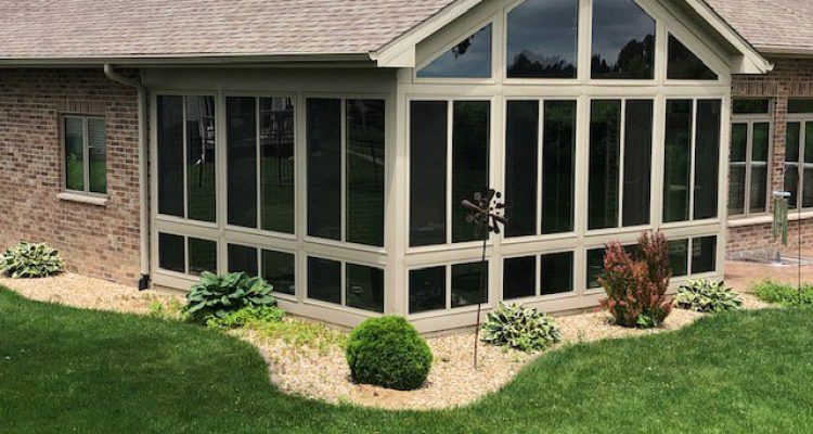 Cedar Rapids Sunroom - Legacy Home Improvement